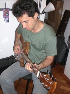 Nando Duarte aprova a Guitarra JAM