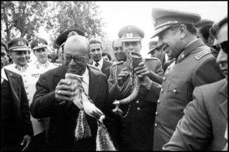 O encontro dos ditadores Figueiredo e Pinochet
